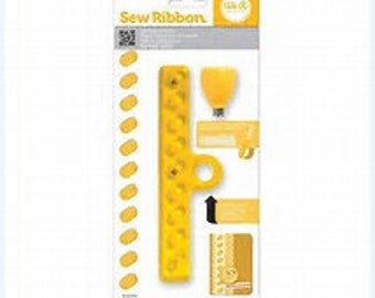 We R Memory Keepers Sew Ribbon Tool - Shoelace Design