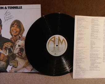 Captain & Tennille – Love will keep us together    Excellent condition    FREE SHIPPING