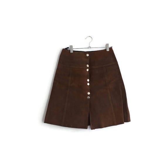 Vintage 70s suede mini skirt / original 1970s brown leather skirt / metal popper stud skirt / short suede skirt / boho / 70s mini size 8