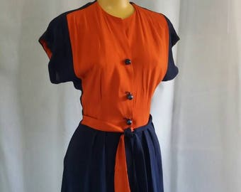 Rayon wool crepe two tone dress and belt waist 74 cm