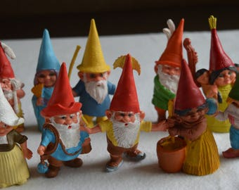 10 (ten) gnomes after a design by Rien Poortvliet