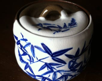 "Japanese Tea Ceramic - Vintage Japanese Ceramic Jar - Japanese Ceramic - Japanese Tea Holder - Japanese Jar with Lid - ""Blue & White"""