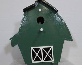 Barn birdhouse #715