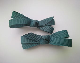 1 pair of clip Alligator Clip bow tie (7cm) shaped dark emerald green