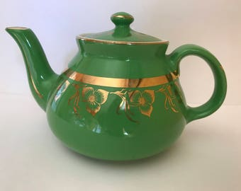 Vintage Hall teapot 6 Cup Bright Green  with a gold band  Art Deco trim-Made in USA