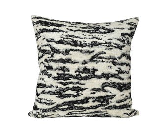 READY TO SHIP - 22 x 22 Serengeti Tigre Blanc designer pillow cover - Schumacher