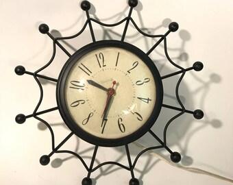 Vintage 50s 60s Mid Century Modern United Spider Web Starburst Atomic Wall Clock