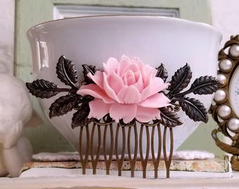 Baby pink rose comb Rustic bridal comb Flower wedding hair comb Shabby chic flower jewelry
