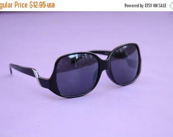 Vintage Women's Sunglasses [Black Retro Glasses Summer Eyewear Large] 56mm