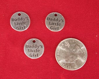 """5pc """"Daddy's little girl"""" charms in antique silver style (BC1328)"""