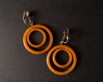 vintage bakelite dangle earrings