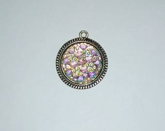 X 1 pendant cabochons crystal resin