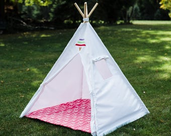 White Canvas Teepee with Window, Tribal Tent, Kids Play Tent, Childrens Tepee, Kids Tee Pee, Ready to Ship Fully Assembled, ONE PIECE POLES