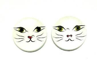 2 x 40mm White Cat face wooden button
