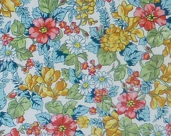 CLEARANCE SALE London Calling 6~Spring Cotton Fabric, Clothing, Quilt, Soft Robert Kaufman, Fast Shipping, F565