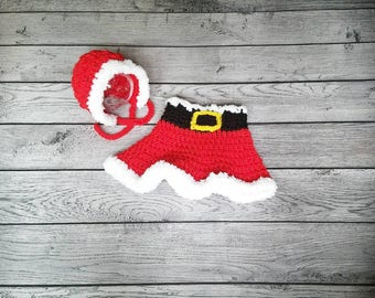 Mrs Clause - Baby Girl Santa - Skirt and Bonnet - Christmas Baby - Holiday Photography - Photo Prop - Newborn Santa - Preemie Santa - Santa