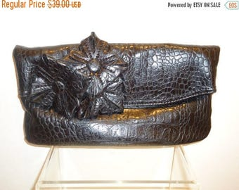 The Sale Is On Sale Really Nice Vintage Faux Leather Black Crocodile Clutch