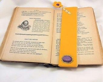 Fabric bookmark, felt and application, purple yellow flower