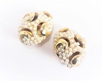 Designer Vintage Bergere Clip On Earrings