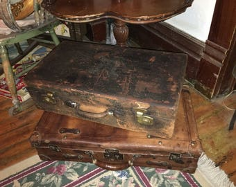 Vintage Suitcase from the 30's, Leather Very Cool