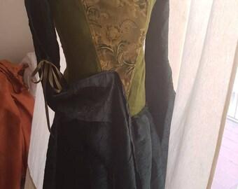 Fantasy medieval preraphaelite lady dress