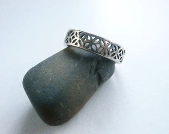 Silver Filigree Ring - Vintage Jewellery - Band Ring - Sterling Silver