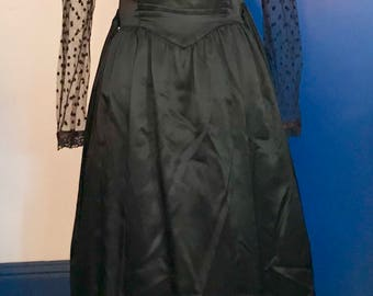 Drop DEAD gorgeous Vintage Gunne Sax dress black sequins glass beads netting Halloween goth steam punk mourning gown widow