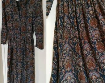 VINTAGE 70s Paisley Dress Long Sleeve w/ Shoulder Pads Button Down Psychedelic Floral Bohemian Maxi