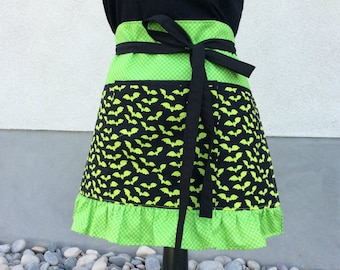 Teacher Apron with Pockets, Halloween Neon Green Bats Ruffle Apron, Craft, Vendor, Utility, Cooking Apron
