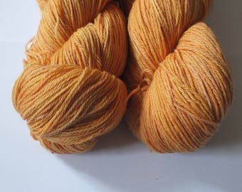 Hand dyed yarn, merino, 4ply, natural dye, peach