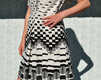Vintage dress, vintage womens dress, black white dress, midi dress, 70s dress, geometric dress, mod dress, vintage 70s dress, 70s midi dress
