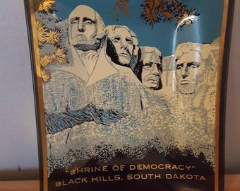 Vintage Mt. Rushmore Souvenir Collectible Glass Tray Small