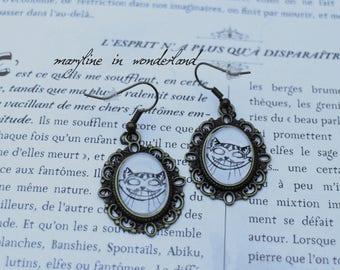 bronze earrings Cabochon cat alice in Wonderland