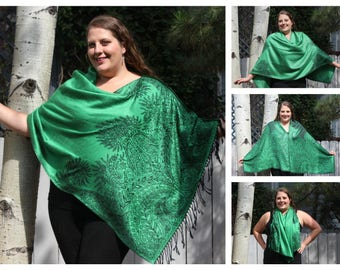 Emerald Green Bohemian Paisley Pashmina Poncho