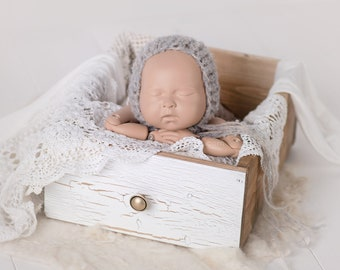 CRATE OLD WHITE photo prop, vintage style wood box, newborn photography prop, newborn props, photography props, creamy box