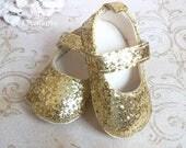 Gold Baby Shoes, Gold Baby Girl Shoes, Gold Shoes Baby, Infant Glitter Shoes, Glitter Shoes Toddler, Gold Shoes for Infants, Glitter Shoes