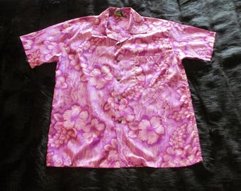 Roundy Bay Hawaiian Shirt Size Small Made in Hawaii Vintage Button Down