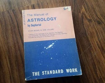 Vintage Astrology Book 1972. BIRTH Signs, Astrology, Hindu Astronomy, Science Book.
