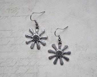 Earrings flowers silver vintage