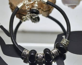 Glass Lampwork black leather 4 mm black Beads Bracelet