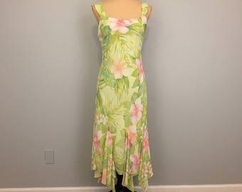 Sleeveless Chiffon Floral Print Dress Maxi Sundress Pastel Pink Green Romantic Handkerchief Hem Garden Party Size 8 Medium Womens Clothing