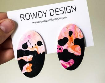 Speckle Oval Disc Resin Stud Earrings - Orange + Pink Swirl with Black Speckle
