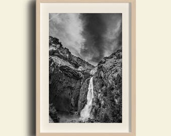 Yosemite Valley, Lower Yosemite Falls, Black & White // Yosemite National Park