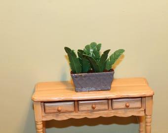 DOLLHOUSE MINIATURE Garden Planter/Pot Dark Green Fern in Long Planter