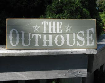 THE OUTHOUSE Bathroom Powder room Primitive rustic country upcycled recycled reclaimed pallet wood sign