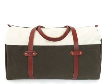 Natural Cotton Canvas Weekender Bag with Leather Straps/ Large Duffel Bag/ Olive Green Overnight Bag/ Travel Tote/ Zip Top