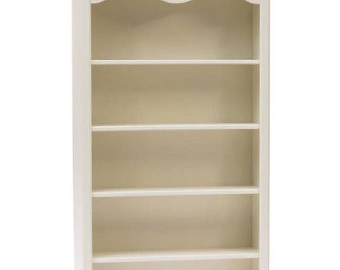 "Ancient white bookcase ""Lenor"""