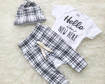 Black & White Plaid 'Hello I'm New Here' Set