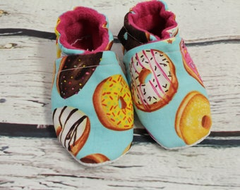 baby and toddler crib shoes - non slip baby shoes -donut print fleece baby shoes - baby shower gift - 18-24 month baby shoes - toddler shoes