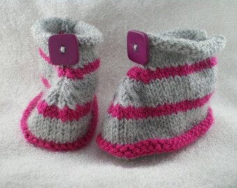 Chaus001 - Pink and gray striped slippers